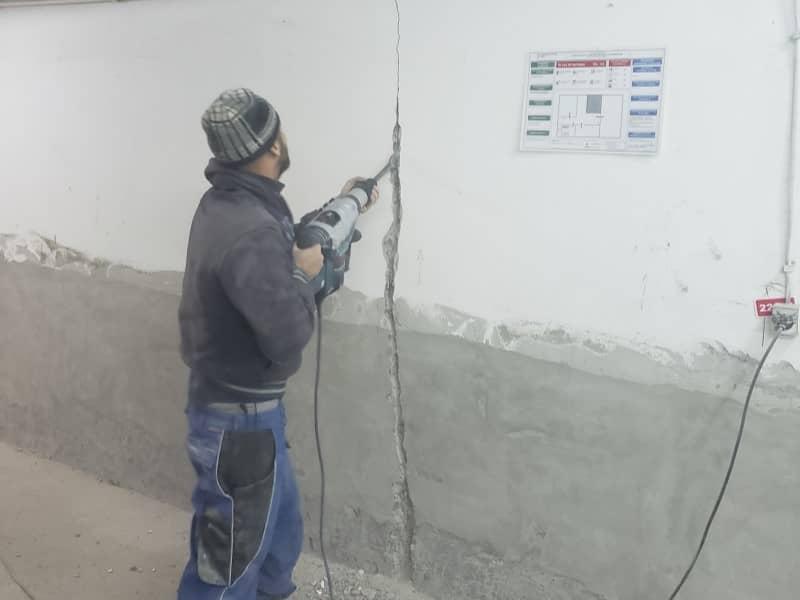 Refacere hidroizolatie subsol - realizare slit 3cm